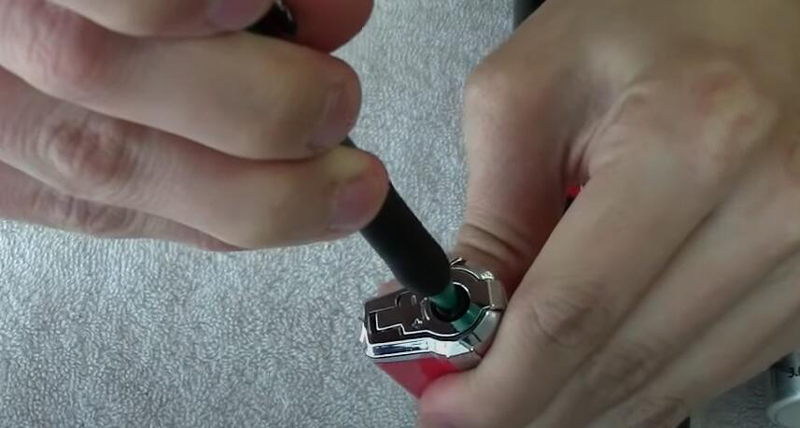 How-to-fix-a-torch-lighter-that-wont-light-2