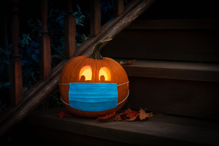 What-you-should-know-before-celebrate-Halloween-2020