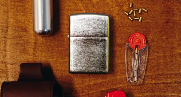 How-to-replace-flint-in-Zippo