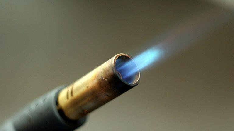 fix-the-torch-lighter-that-won't-light